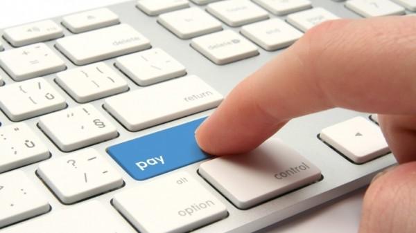 Российские платежные системы ограничат денежное сообщение с Украиной